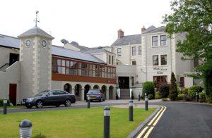 white-river-hotel